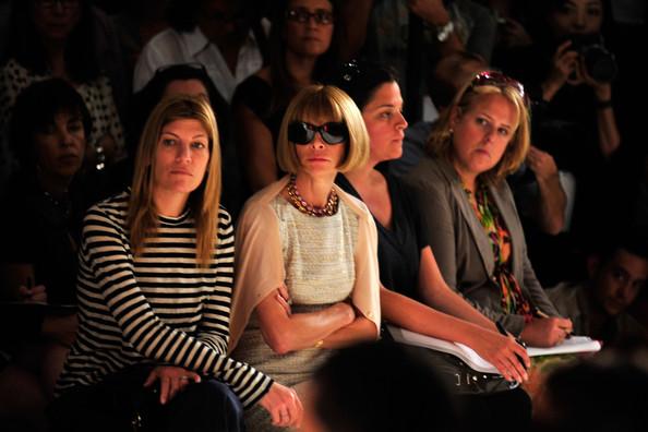 Donna+Karan+Collection+Front+Row+Spring+2010+jB1jiNZl4E8l